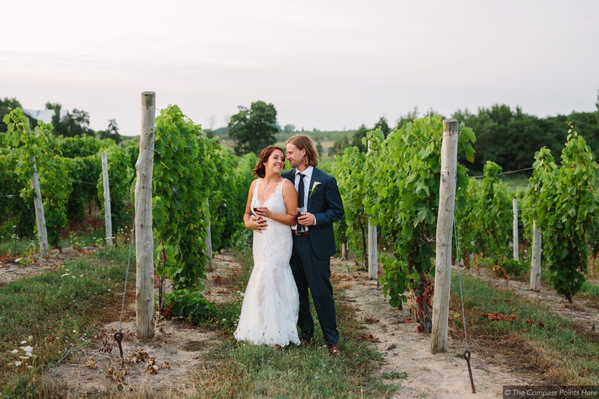 traverse city destination wedding at aurora cellars vineyard